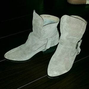Shoe cult grey booties from nasty gal