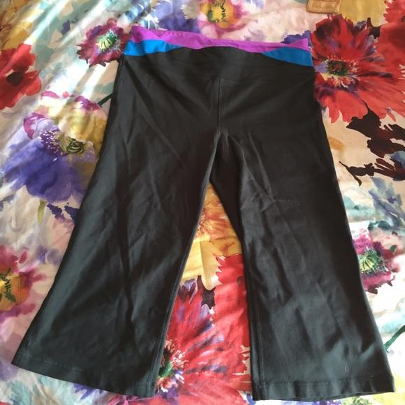 1eba69984e TEK Gear Shapewear workout capris
