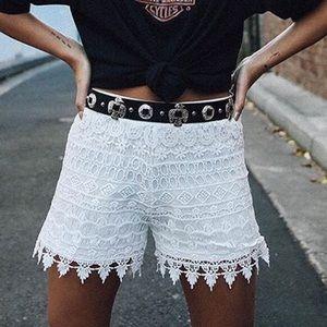 [jack    bb dakota] • [hartley white lace shorts]