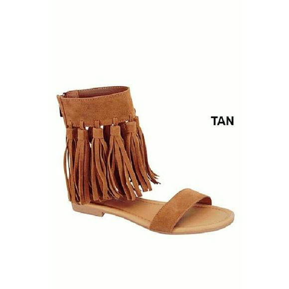 ultrachicfashion.com Shoes - Tan/Brown Fringe Sandals