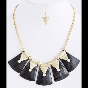 Black gold fan necklace earrings set new