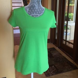 Lilly Pulitzer 100% Pima Cotton Short Sleeve Top!