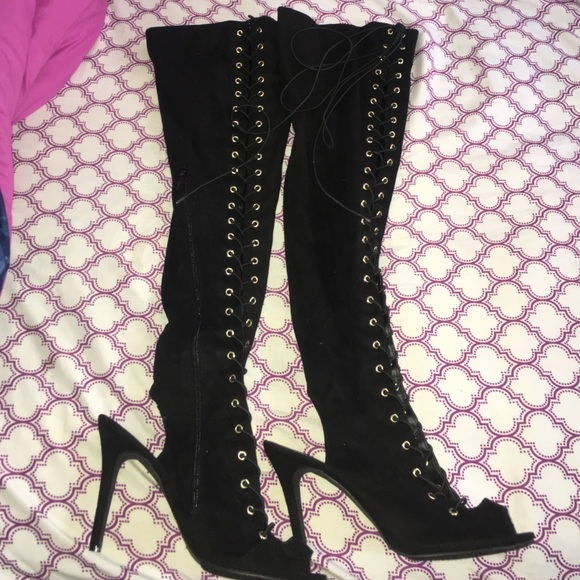 Size 11 thigh high boots. Thick thigh friendly 11 from Frankie&39s