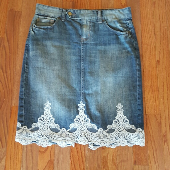 special sales purchase original structural disablities Denim skirt w/ Lace trim