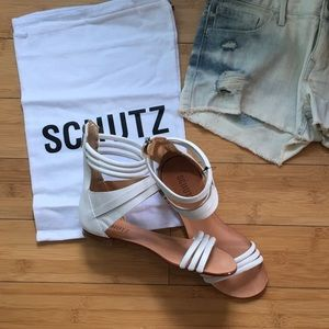 SCHUTZ Shoes - 🎉️HP🎉🆕Schutz Ivory Leather Sandals