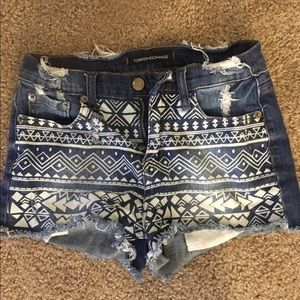 Tribal Pattern Jean Shorts sz Small