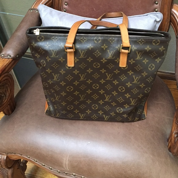 fab217382efe ... gently used authentic louis vuitton bags .
