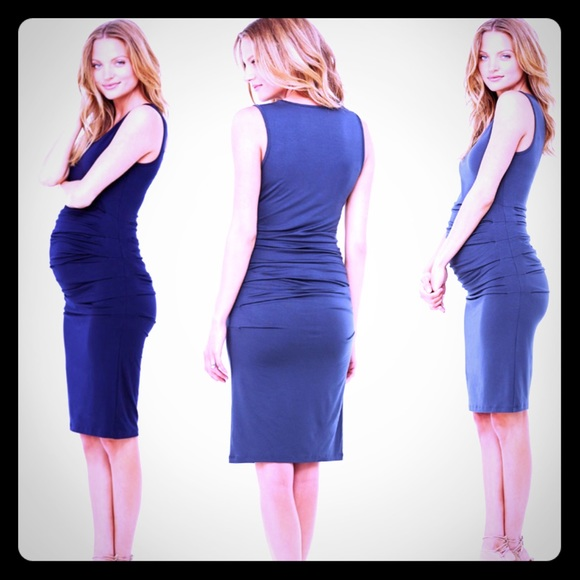 2c453ad39d029 Ingrid & Isabel Dresses & Skirts - 👗Ingrid & Isabel 👗Ruched Maternity  Tank Dress