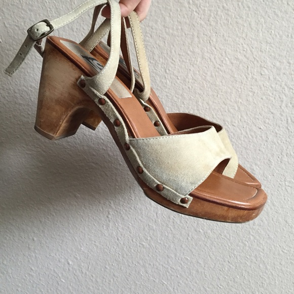 7c5d3338dd0b Free People Shoes - Vintage Wooden Strappy Sandal Clogs