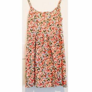 Dresses & Skirts - ❌SOLD❌Floral Open-Back Mini Dress