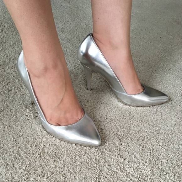 6e0c21c6e941 Christian Siriano Shoes - Christian Siriano for Payless silver pumps