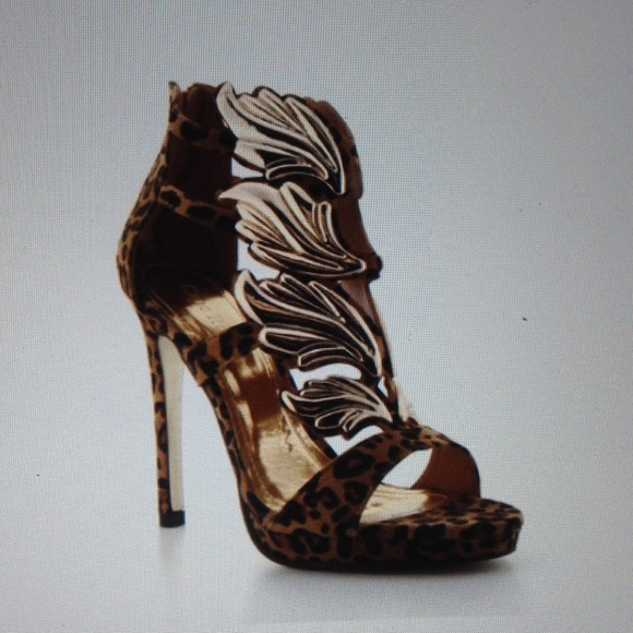 Shoes - FINAL PRICE- LEOPARD HEELS-ASK FOR MEASUREMENTS