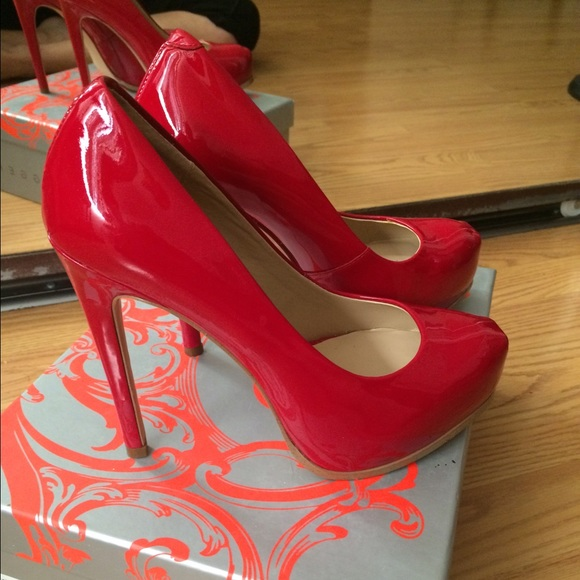 Kelsi Dagger Shoes - Kelsi Dagger heels 6.5