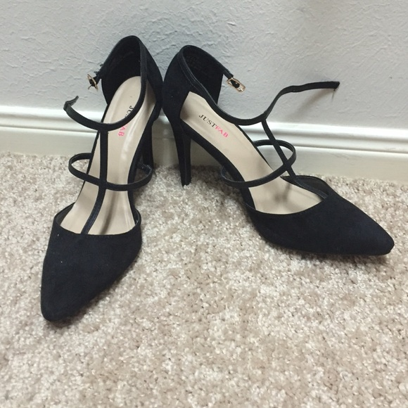 JustFab Shoes - JustFab Kayline black pumps 6.5