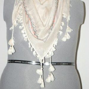H&M White Tassel Scarf