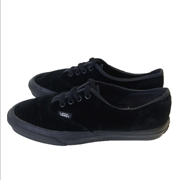 vans authentic lo pro velvet