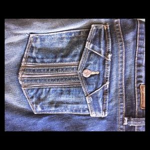 Paige low rise jeans with great pockets