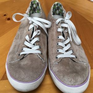 Simple  Shoes - Suede sneakers