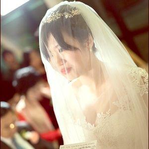 Super soft and long wedding veil