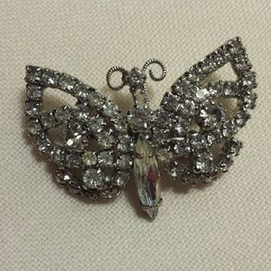 Vintage Jewelry - Vintage Butterfly Rhinestone pin