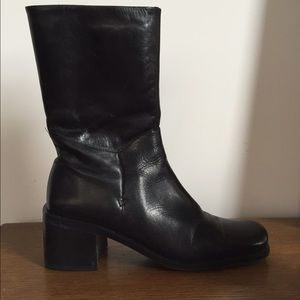 Vintage Black 90's Square Toe Boot