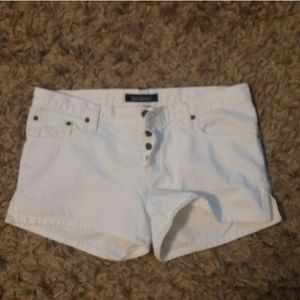 Abercrombie & Fitch Pants - Abercrombie and Fitch white shorts