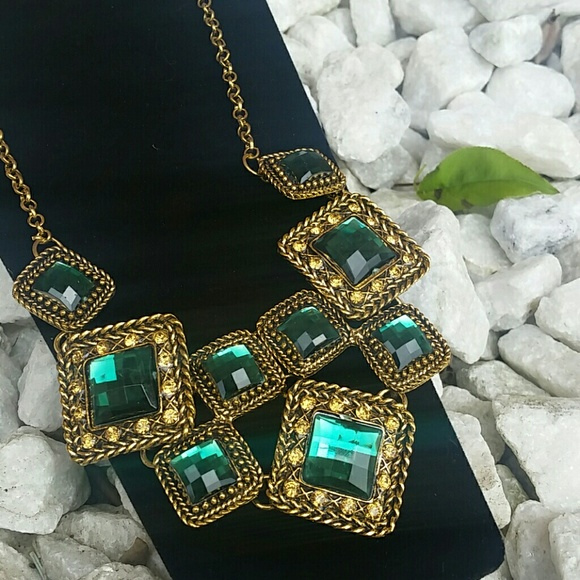 Vintage Accessories - 💟 Vintage Beautiful Necklace NEW 💟