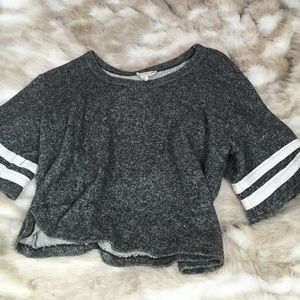 Cropped short sleeve sweater - pacsun