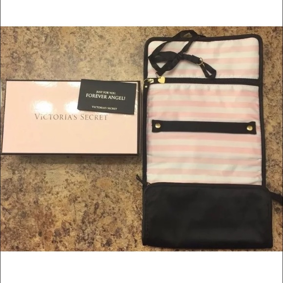 sale retailer 075c2 ee0f7 🎉9️⃣🎉Victoria's Secret Travel Jewelry Case Pouch NWT