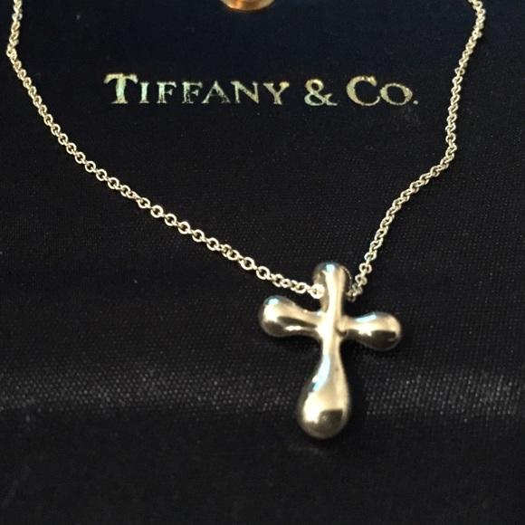 bfc99352dac77 Tiffany & Co. Elsa Peretti Cross Pendant Necklace