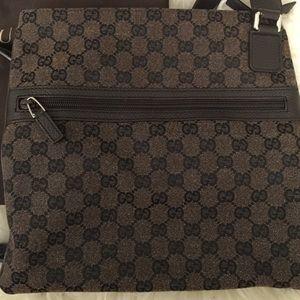 d46a297e6 Gucci Bags   Authentic Crossbody Men Or Women Worn Twice   Poshmark