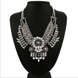 Jewelry - Gypsy Flower Necklace