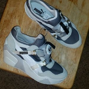 Shoes - BRAND NEW PUMA SNEAKERS RIHANNA