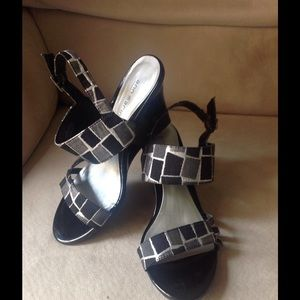 Ann Marino Shoes - Very Cute Ann Marino Wedges