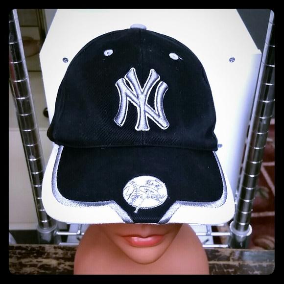New York Yankees Accessories  dc9324fc8d8