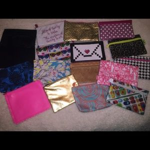 Ipsy Handbags - Ipsy Makeup Bag Bundle