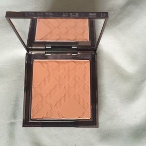 Burberry Other - Burberry sheer foundation Trench no. 10