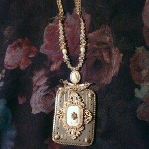 Jewelry - Gilded Rococo Pendant Necklace