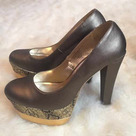 X - Large High Heels Available Up To Size 16 and Even Size 17 Have you been in search of high heel shoes in sizes larger than say a size 12 or perphaps even larger than a size 14? Are you a man that just loves wearing high heels but, you can never find a size large enough for you.