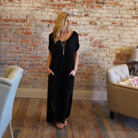 e61c3fdc3c Black loose fit maxi dress with pockets