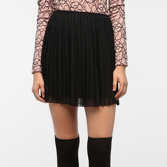 d22a12dc5 Black Sparkle & Fade Pleated Chiffon Mini Skirt. M_56f49120bcd4a7be3d0274b2