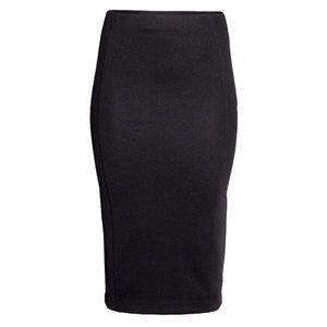 h&m • textured skirt