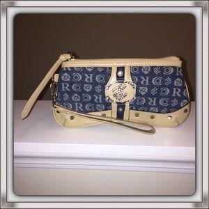 Rocawear Handbags - Rocawear Wristlet