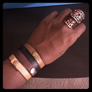 Jewelry - B2G1FREE Leather Snap Bracelets