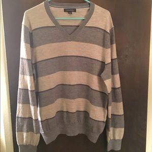 Men's Gray Banana Republic V-Neck Sweater