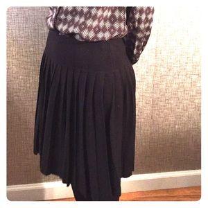 Kate Hill Dresses & Skirts - KATE HILL Black pleated skirt