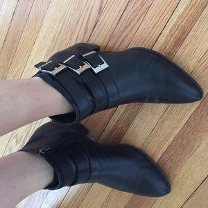 SALE!!!! Black Via Spiga booties