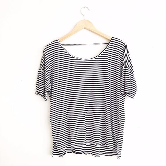 6f3943ff7594 Old Navy Criss-Cross Striped T-Shirt. M_56f576847f0a05774403cf92