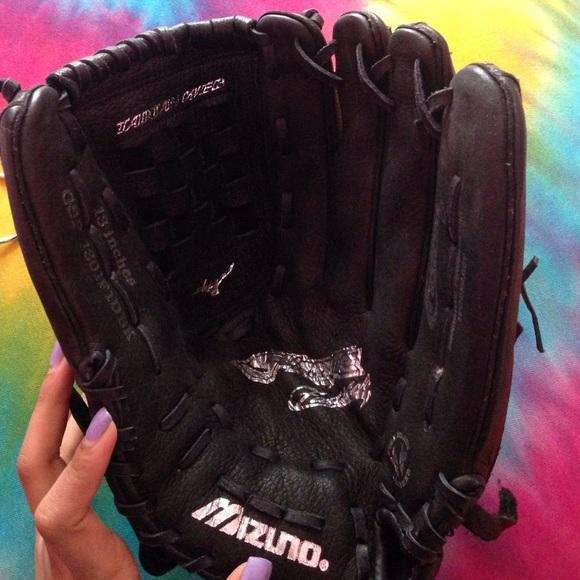 Mizuno Other Size 13 Fast Pitch Softball Glove Poshmark