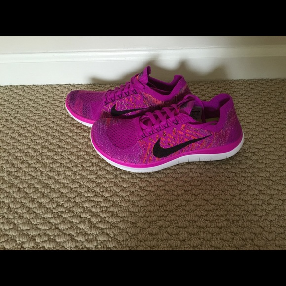 2f07cfbb4f422 ... New Nike Free Flyknit 4.0 Sneaker Size 6 Purple ...